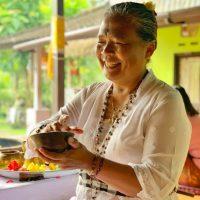 balinese-healer-mama-atti-vDPNZITX437-Bw51FetLEGI.1400x1400